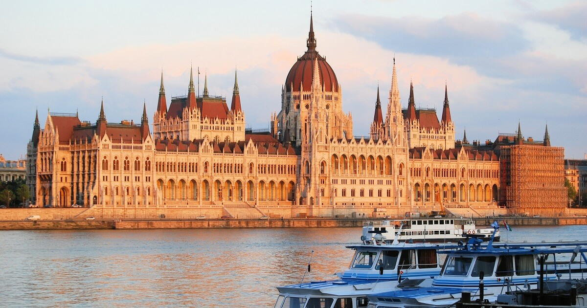 holiday activities in budapest